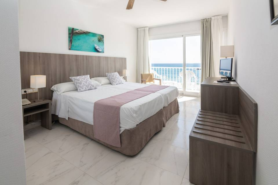 Side sea view double rooms s'illot hotel majorca