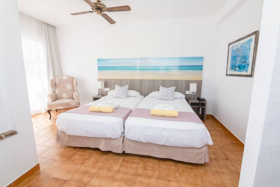 Superior double rooms s'illot hotel majorca